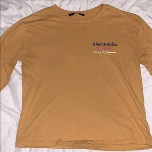 Abercrombie & Fitch Long Sleeve